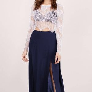 Tops - Lace Flirty Crop Top in Ivory in L